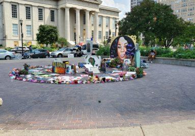 Breonna_Taylor_Memorial_Louisville_Kentucky